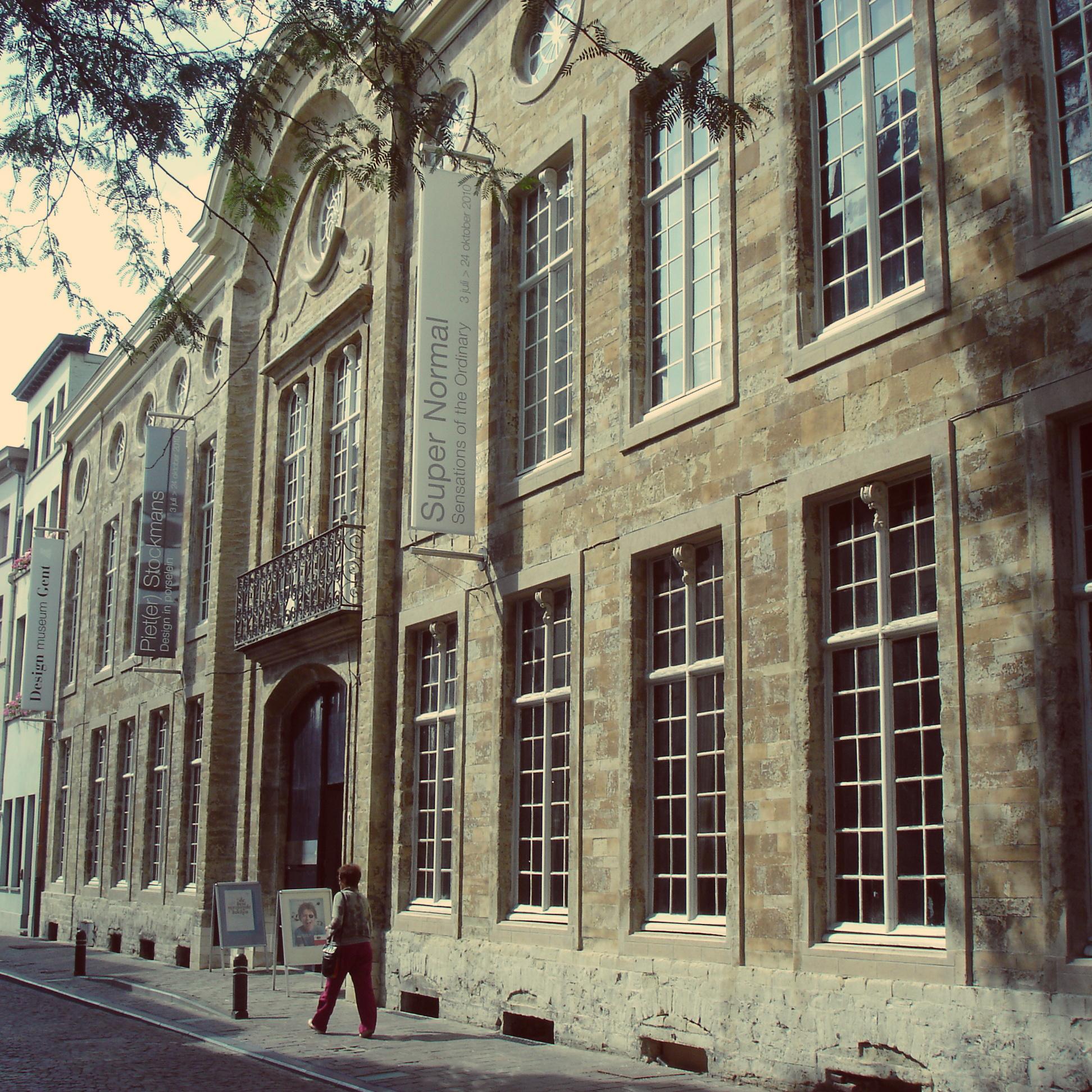 Gent design museum en jeugddienst koning kevin for Gent design